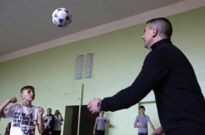 UKRAINE-RUSSIA-CROATIA-CONFLICT-FOOTBALL-CHILDREN