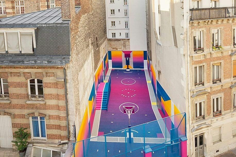 Pigalle Court